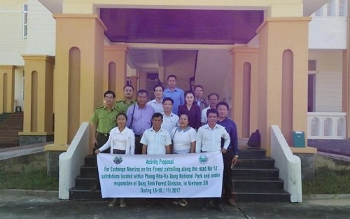 Đoàn cán bộ Sở Nông Lâm nghiệp tỉnh Khăm Muộn làm việc tại VQG Phong Nha – Kẻ Bàng